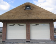 Garage sectionaaldeur in Lunteren